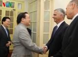 Phó Thủ tướng Hoàng Trung Hải tiếp Bộ trưởng Ngoại giao Thụy Sỹ