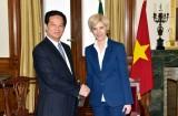 Thủ tướng Nguyễn Tấn Dũng gặp Chủ tịch Quốc hội Bồ Đào Nha
