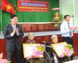 Đợt 4 năm 2015: 370 mẹ được phong tặng, truy tặng danh hiệu Bà mẹ Việt Nam Anh hùng
