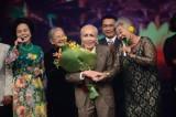 Công chúng viếng nhạc sĩ Phan Huỳnh Điểu từ tối 29-6
