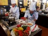 120 đầu bếp tranh tài sơ kết Chiếc thìa vàng 2015