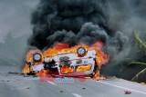 Tông xe máy, xe cấp cứu bốc cháy khủng khiếp, hai người chết