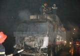 Xe tải chở hộp quẹt ga bốc cháy khi đang lưu thông ở Tiền Giang