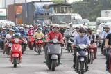 Bộ trưởng Thăng kiến nghị tạm dừng thu phí đường bộ từ năm 2016