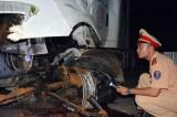 Bình Dương: Xe container tông xe máy, 2 vợ chồng trẻ chết thảm