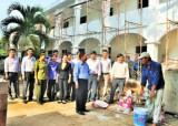 Long An: Bí thư Huyện ủy Thủ Thừa - Lê Tấn Dũng kiểm tra các công trình trọng điểm chào mừng đại hội