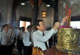Chủ tịch nước Trương Tấn Sang viếng Khu lưu niệm Luật sư Nguyễn Hữu Thọ