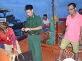 Tàu cá ngư dân bị phía Trung Quốc tấn công đã về đảo Lý Sơn