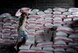 Giá lương thực tiếp tục xu hướng giảm trong vòng 16 tháng qua