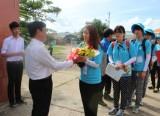 Đoàn thanh niên tình nguyện Hàn Quốc đến Tân Trụ