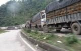 Gần 500 xe hàng nông sản lại ùn ứ tại cửa khẩu Tân Thanh