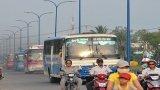 Vụ xe đưa rước công nhân ở Đức Hòa: Ngành chức năng tăng cường lập lại trật tự an toàn giao thông