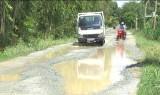Thành phố Tân An-Long An: Người dân bức xúc vì đường lầy lội