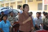 Khám bệnh, phát thuốc miễn phí cho dân nghèo Campuchia