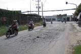 Cần sớm nâng cấp, sửa chữa đường Nguyễn Văn Tiếp