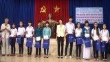Long An: Trao học bổng Huỳnh Văn Một cho học sinh vượt khó,học giỏi