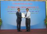 UBND tỉnh Long An trao giấy chứng nhận đầu tư dự án khu công nghệ môi trường xanh