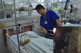 Nạn nhân trong vụ nổ ở Hà Nội đã tỉnh táo nhưng vẫn sợ hãi, la hét