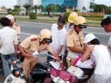 Cần 10 Giám đốc Công an tỉnh mới ký xuể quyết định xử phạt giao thông (!)