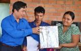 Tặng nhà nhân ái cho thanh niên nghèo