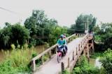 Xây dựng nông thôn mới ở Tân Hòa - Tân Thạnh: Khó nhất vẫn là giao thông