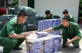 Đồn biên phòng Mỹ Quý Tây bắt giữ 14 ngàn gói thuốc lậu