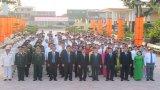 Đoàn đại biểu dự Đại hội Đảng bộ tỉnh lần thứ X, nhiệm kỳ 2015-2020: Viếng Nghĩa trang liệt sĩ tỉnh