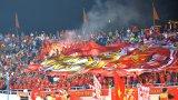 Hình ảnh Mỹ Đình xấu xí: ĐT Việt Nam thua từ sân cỏ lên khán đài