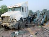 Tây Ninh: Xe máy và 2 ôtô va chạm làm 3 người chết tại chỗ