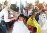 Hội Chữ thập đỏ tỉnh Long An vận động gần 5 tỉ đồng giúp người nghèo