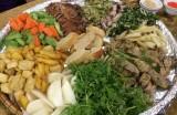 Bữa ăn của người Việt và con đường đến nghĩa địa rất ngắn