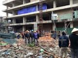 Hà Nội: Rơi thang máy xây dựng khiến 2 người tử nạn ở Lĩnh Nam