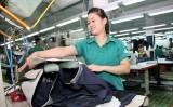 Vốn FDI đổ nhiều vào dệt may: Lọc kỹ để tránh họa về môi trường