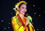 Phạm Hương dẫn đầu thí sinh nổi bật nhất Hoa hậu Hoàn vũ