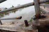 Vài hình ảnh chưa đẹp ở bờ kè sông Bảo Định