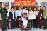 Bến Lức, Thủ Thừa trao tặng danh hiệu Bà Mẹ Việt Nam Anh hùng