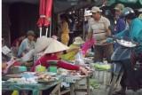 An toàn thực phẩm ở chợ tự phát?