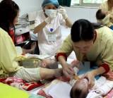 Bài học đau lòng về bùng phát dịch bệnh do không tiêm chủng