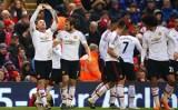 """Rooney tỏa sáng, MU """"quật ngã"""" Liverpool ngay tại Anfield"""