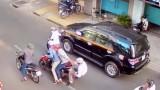 Bắt băng dàn cảnh đụng xe, cướp tiền trên phố