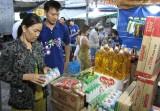 Thị trường tết - hàng Việt chiếm ưu thế