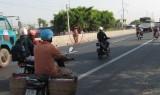 Ý thức bảo vệ kết cấu hạ tầng giao thông ở đâu!?