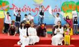 Ngày thơ Việt Nam: trời đẹp nhưng vắng khách