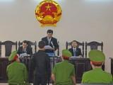 Vụ Nguyễn Mai Trung Tuấn tạt axit đoàn cưỡng chế: Tuyên xử 2 năm 6 tháng tù giam