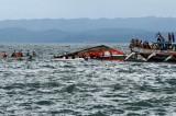 Chìm phà ở Indonesia: Hơn 70 người được cứu, 4 người mất tích
