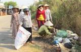 Thu gom rác bảo vệ môi trường