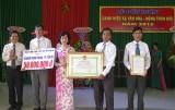 Nhơn Thạnh Trung: Đón nhận danh hiệu xã văn hóa - xã nông thôn mới