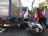 Xe tải đổ dốc mất thắng gây tai nạn liên hoàn