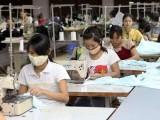 Lao động nữ chịu tác động khắc nghiệt nhất từ các biến động kinh tế