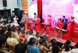 Mang âm nhạc đến bệnh viện: Nối cộng đồng với người bệnh hiểm nghèo